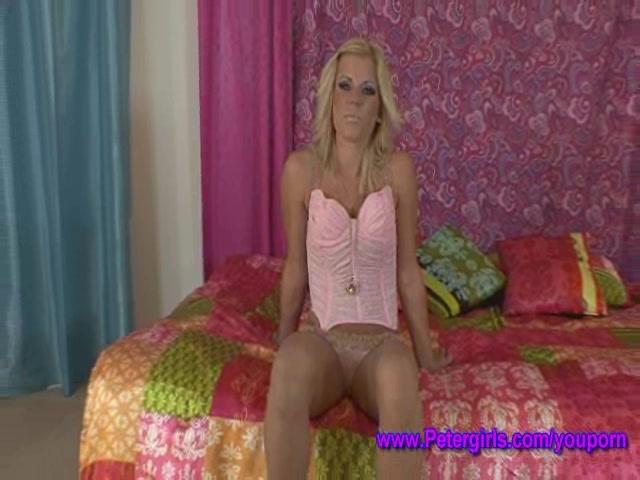 Blonde blonde bubblebutt Pornostars der erwachsenen Frau