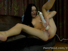 Multi-orgasmic Squirting Babe Just Keeps On Cumming