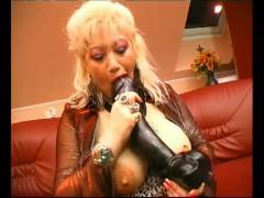 Big Tits Granny - Julia Reaves