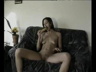 Blowjob Brunette Smalltits video: Fruits And Vegetables Are Good For The Pussy - Julia Reaves