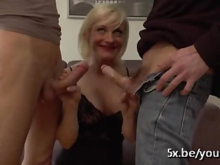 Anal Blowjob French video: Angela 42 years old dped in stockings