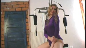 Arwen doing flexi sports in nylon