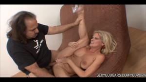 Sexy Cougar Bangs Studs Dick