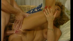 Her moans of joy are load and clear (CLIP)