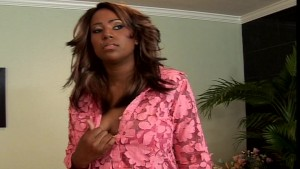 The horny black girl does a Something about Mary pt 1/3