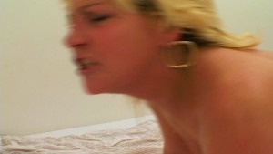 Blonde really knows how to make someone cum [CLIP]