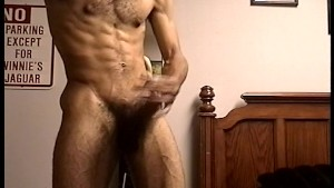 Guy with great body gets blowjob