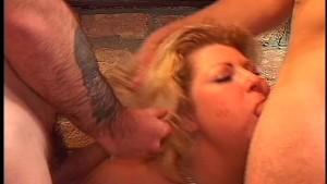 Fingers and dildo keeps pussy busy