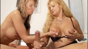 Super sexy mom gets nailed by big headed prick