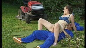 Hot sex in the garden with the gardner