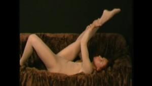 Flexible spreading pussy in nylon (clip)
