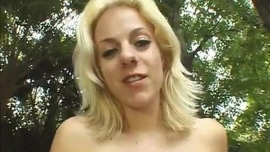 Blondie Anal Creampied Outdoors