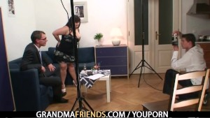 Mature BBW gets banged and takes double facial
