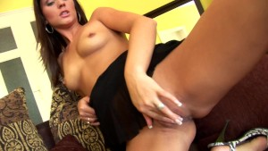 Candice cums on her own - CzechSuperStars