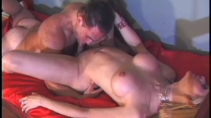 Transexual Sensual Blonde - Gentlemens Video