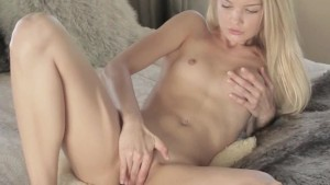 tight blondie with two dildos