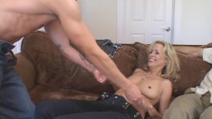 Older Mommy Fucks Younger Guy