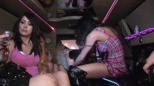 Hot girls fucking around in the limo - DreamGirls