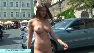 MonaLee shows her boobs on public streets