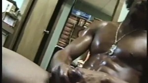 Gangsta Bitch Jerking Off - Encore Video