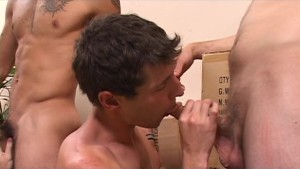He lets them use all his holes - Street Trade Studios