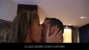 Horny babes share the romantic cock