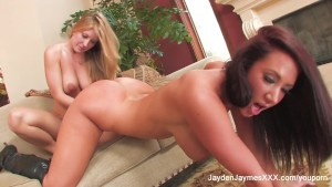 Jayden Jaymes Crashes Avys Set
