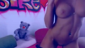 Hot Collage Babe Playing her Tight Pink Pussy