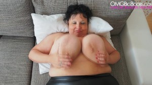 Amateur mature with big natural tits