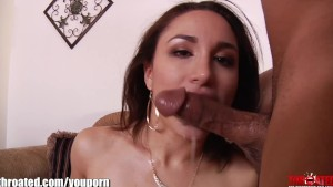 Throated Young & sexy latina Gabriella Paltrova fucks her face