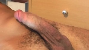 It s a huge arab cock to shake a lot !