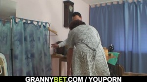 Sewing old women swallows customer s cock