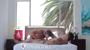 HD - ManRoyale Hot muscled guys get kinky in bed