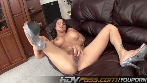 HDVPass Nadia Styles fingers her cunny and ass