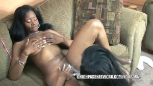 Black hottie Mercy Starr fucks her girlfriend Rachel