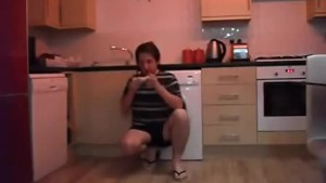 Sneezing Ian s Sneezing and Flip Flops Fetish Video (67)