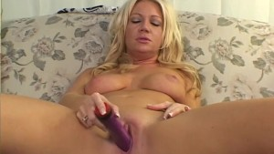 Chick Helps Herself - Screw My Wife