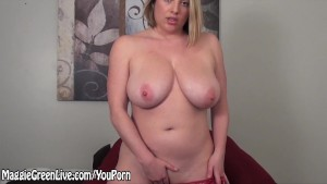 All Natural Busty Maggie Green Gets Off Using Glass Toy!