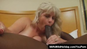 Holiday Sexual Affair For Milf