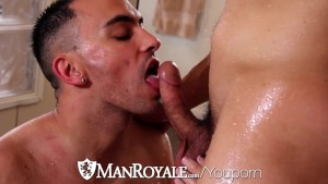 Hot twink Tyson Pierce Pounded by Jason Maddox