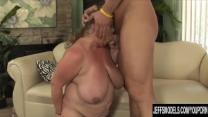 Cock hungry BBW Sienna Hills gets her pussy reamed hard