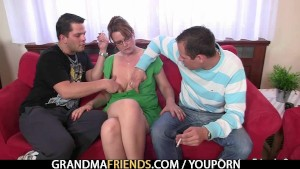 Hot sex in threesome with old granny on couch