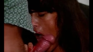 Blowing a load on her face - Julia Reaves