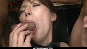 Kotone Aisaki fucked by several men in dirty gangbang