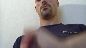 My str8 neighbour made a porn: watch his huge cock hard!