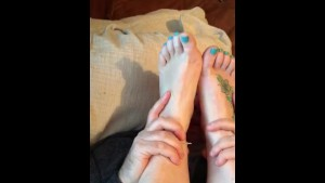 toe suck only at pornmike.com