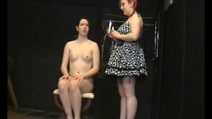 Submissive Lyarah facial candl