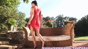Busty Jelen Jensen Gets Nude O