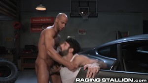 RagingStallion Muscular Sean Zevran Slams Mechanic