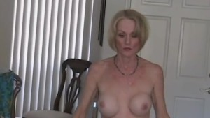 MILF Craves Sex Attention